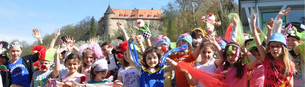 50 Jahre Schlossbergschule Rotenberg: Zirkusaufführung